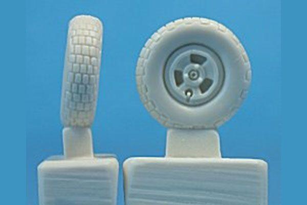Ultracast Supermarine Spitfire 3-Spoke Wheels, Block Tread