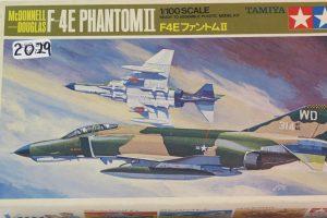 McDonnell Douglas F4E Phantom 1/100 Scale